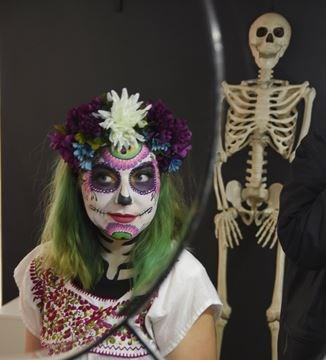 Day Of The Dead Comes Alive In Peterborough Mykawarthacom