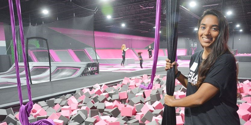 Xplay The Keg And Toys R Us Opening At Barrie S Park