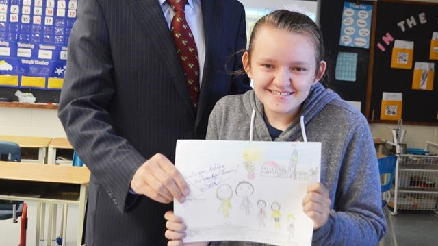 Spencer Valley Student Gets Drawing Autographed By Prime Minister Thespec Com