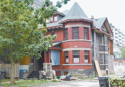 Neighbours Complain About Rooming House On Laxton Avenue In Parkdale