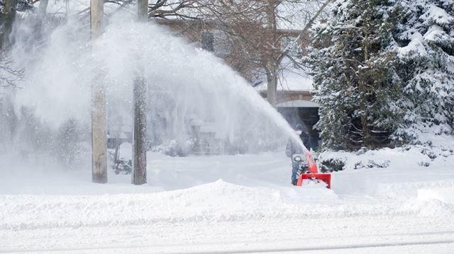 Snow Storm Toronto: Winter Storm: Toronto Walloped With Heavy Snowfall