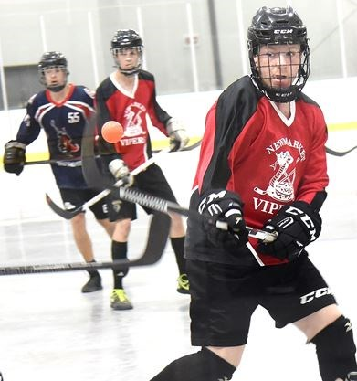 Newmarket Vipers  Paul O Doherty shows off his eye-hand coordination skills  during an Ontario Ball Hockey tournament junior division game played July 8  ... a470197adfb