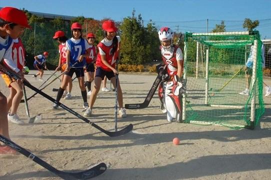 Residents take street hockey to Japan | Mississauga com
