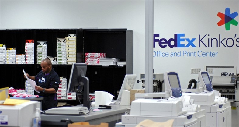 FedEx Is Closing Its Office Stores In Canada After Operating For 32 Years.  214 Jobs Will Be Lost.   Tannis Toohey,Toronto Star File Photo  Fedex Jobs