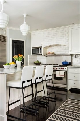 Although Tiny Pendant Lights Were Once Popular, Designers Now Tend To  Choose More Substantial Overhead Lighting Above Kitchen Islands And Select  Fixtures ...