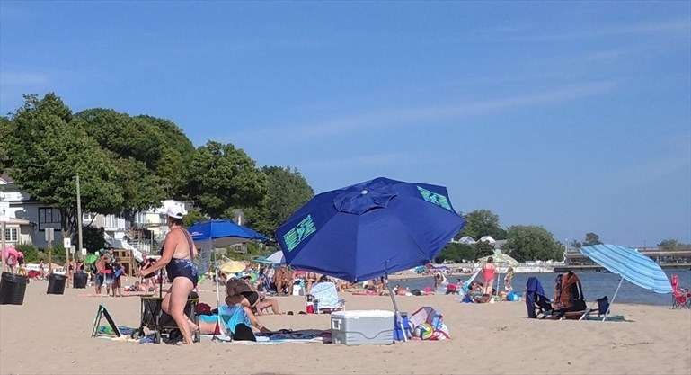 There's plenty of elbow room at Fort Erie's locals-only Bay Beach