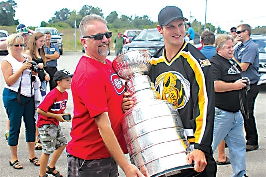 From Los Angeles To The Six Ayr Native Kyle Clifford Joins The Toronto Maple Leafs Cambridgetimes Ca