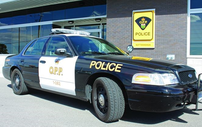 Police Car Auction Toronto >> Police Recover Ipad Stolen From Charity Auction Toronto Com