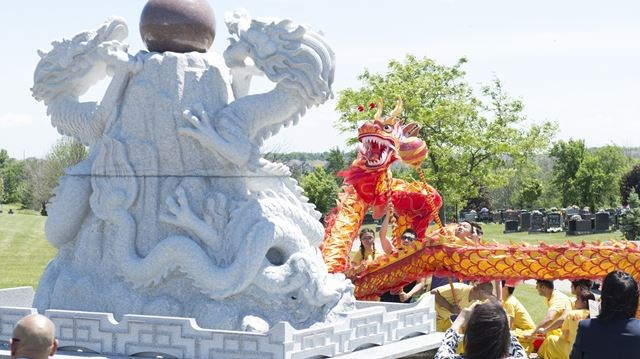 Video: Oakville'S Glen Oaks Funeral Home Unveils Harmony Dragon