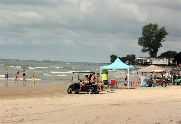 Woman's life saved by Sherkston Shores staff and Niagara EMS in near drowning incident