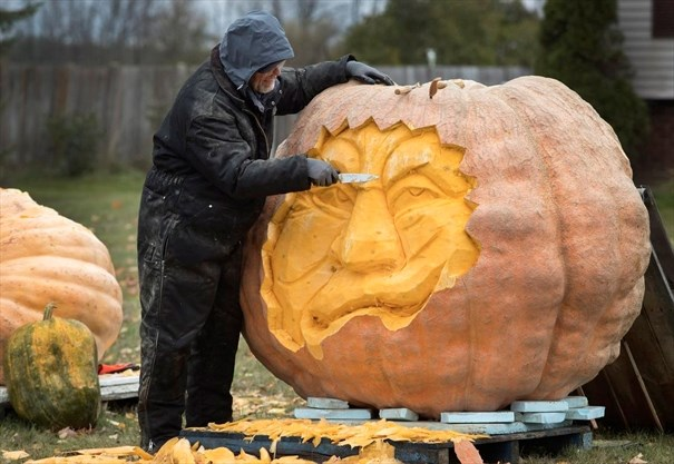 Great pumpkin canada s largest pumpkin turned into giant jack o