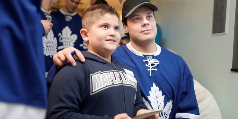 timeless design d8a0d c7bdc Toronto Maple Leafs make annual pilgrimage to SickKids ...