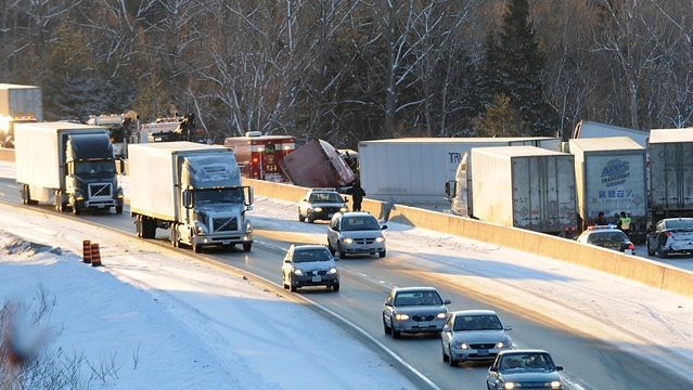 Tractor trailer accidents snarl Hwy  401 in Northumberland