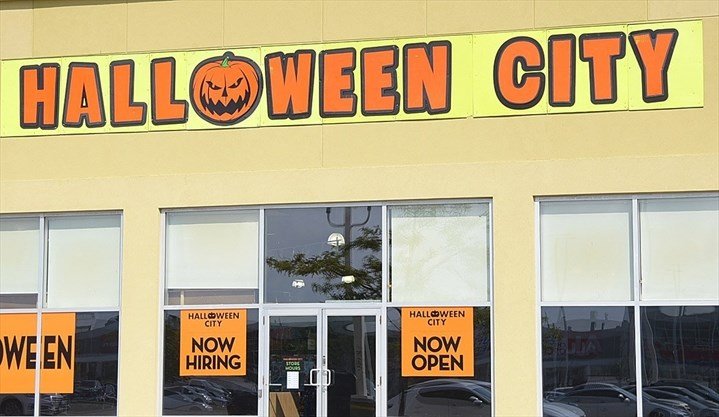 Get All Your Spooky Items At Halloween City In York Region
