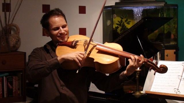 Michael Schulte - Violoncello piccolo da spalla.JPG