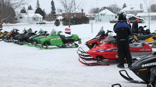WC snowmobile club urges caution, rider injured in Dunrobin