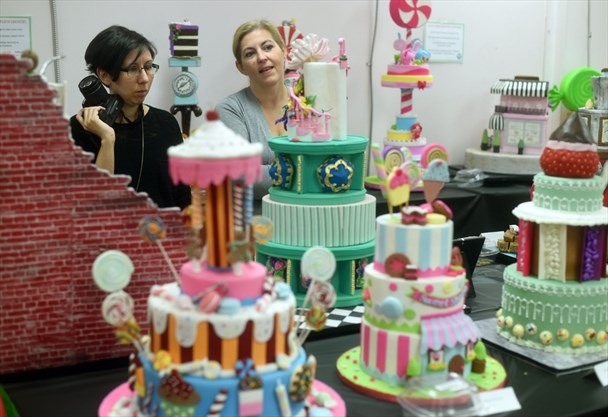 Cake Icing Contest Encourages Sweet Success Therecord Com