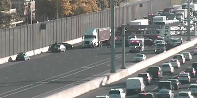 'Avoid the area': 9-vehicle crash on QEW in Oakville leaves at least 1