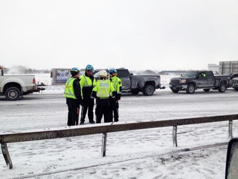 Highway 400 pile up near Barrie 'surreal' | Simcoe com