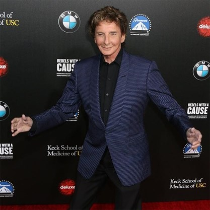 Barry Manilow In Hospital With Bronchial Infection Therecord