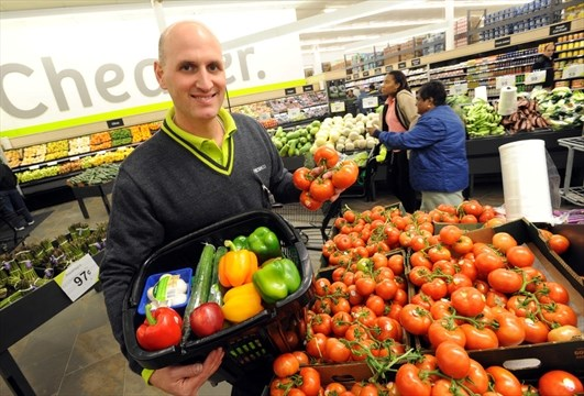 FreshCo opens four stores in city   Mississauga com