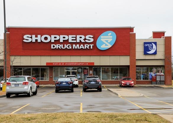 Staff members at two Toronto Shoppers Drug Mart stores contract COVID-19