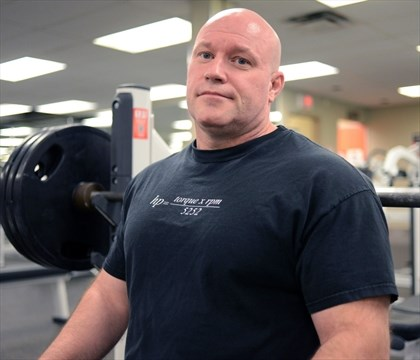 Giffin Sets National Powerlifting Record And Good Example