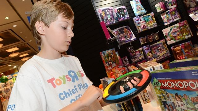 Toys For 12 Year Olds : 'kids want smart toys year old expert says