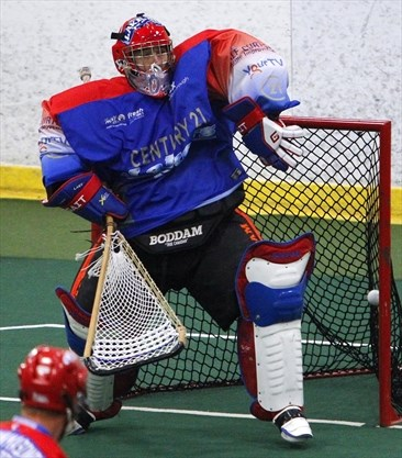 Peterborough Lakers win on late goal by Kyle Buchanan