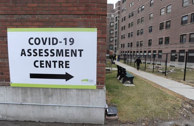 Fewer Samples More Analysis Ontario S Strategy For Clearing Its Covid 19 Testing Backlog Toronto Com