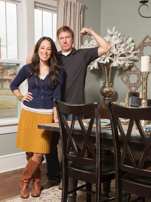 Hgtv S Por Series Fixer Upper Is Coming To An End Hosts Chip And Joanna Gaines Announced On Their Blog Tns