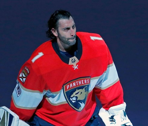 At 39 Roberto Luongo Still Chasing The Stanley Cup Thespec Com