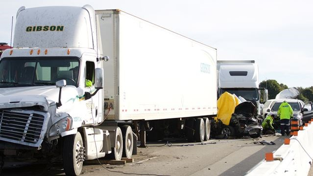 Hwy  401 westbound reopened after fatal crash that left boy