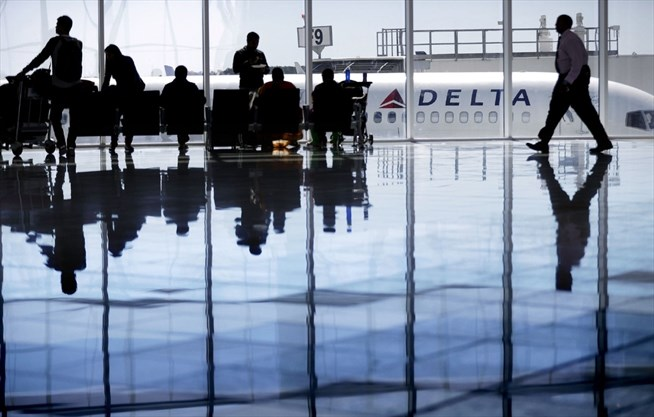 American, Delta pinched by rise of cheap airfares to Europe | TheSpec.com