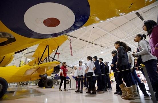 Inner-city kids take flight in Warplane Museum project