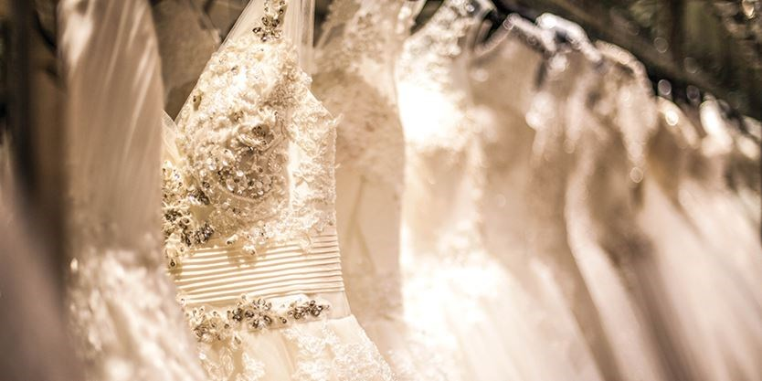 e50e27afd019 From big retailers to smaller shops selling wedding and formal gear, the  price of a dress can range anywhere from $150 to more than $15,000.