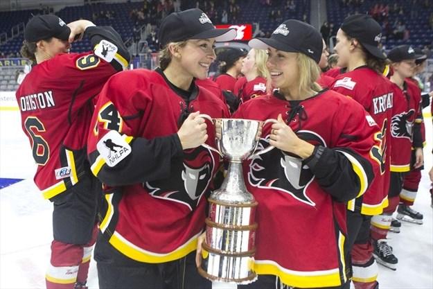 Nhl Should Help Form A New North American Women S Hockey League