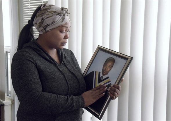 ONTARIO COLD CASE: Mom seeks closure, cops need tips