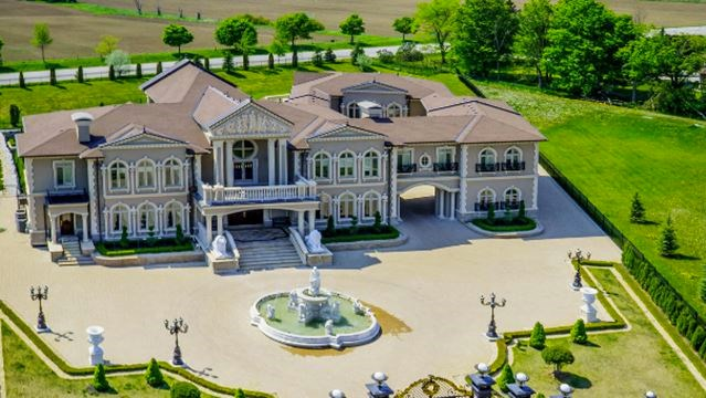 6 of the most expensive mansions for sale in york region for Most expensive mansion in the world for sale