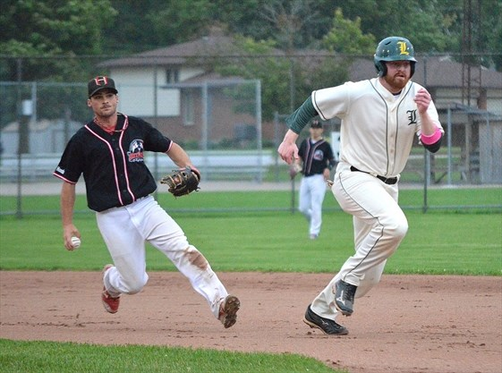 Cubs top Legionnaires in league finale for second straight year