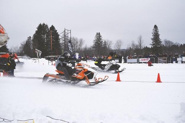 racing Amateur snowmobile