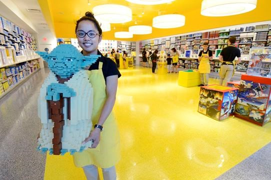 LEGO store opens at Yorkdale - Photo Gallery | TheSpec.com
