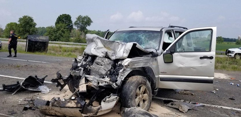 Two hospitalized following crossover 403 crash in Ancaster