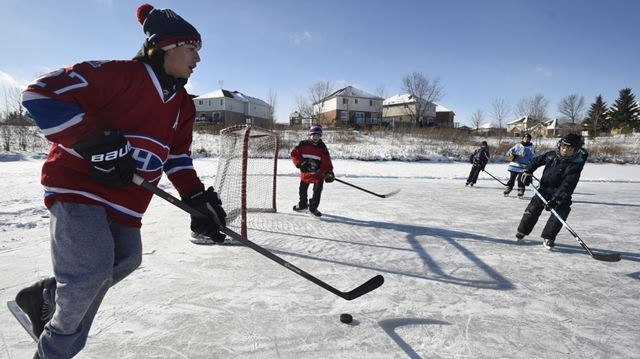 safety worries threaten popular outdoor rink in waterloo