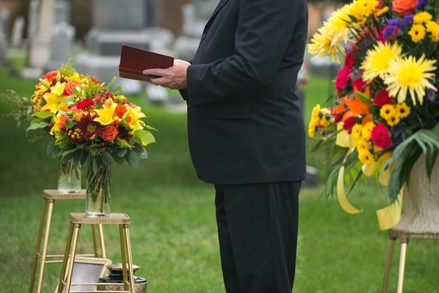 Easier than ever to write a eulogy that comforts the living