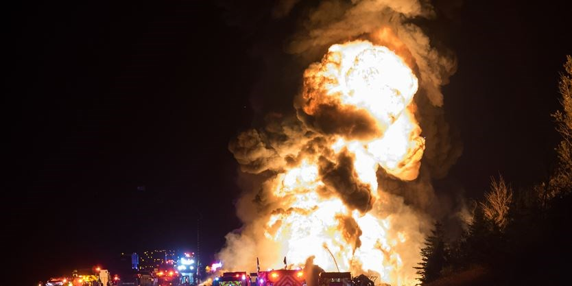 UPDATE: 3 people have died after massive Hwy  400 fiery