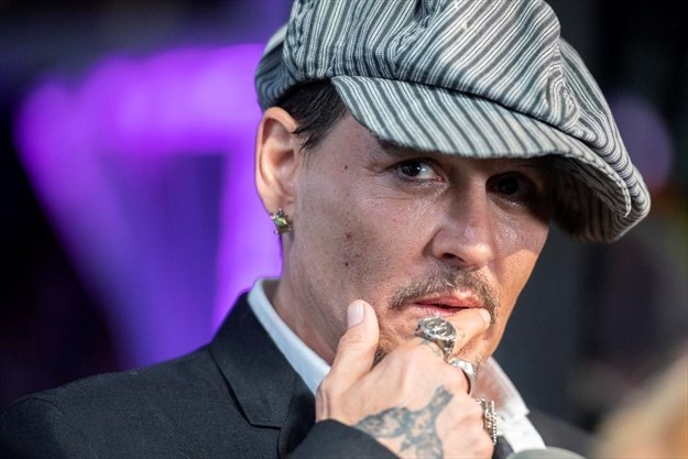 Johnny Depp wants you to buy his Kentucky horse farm so he s cutting the  price a0f2d4c18e6