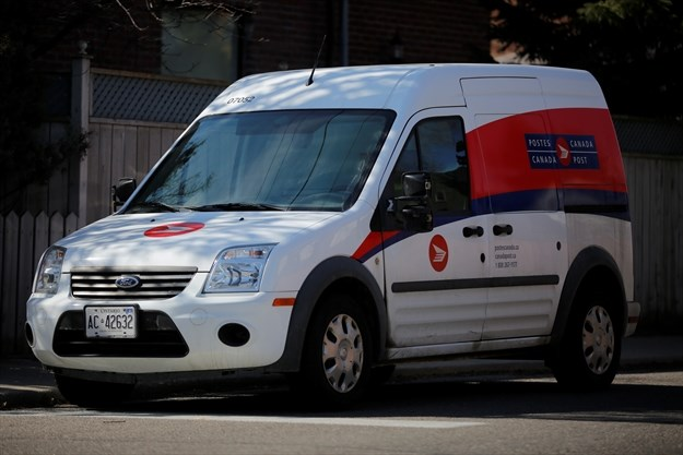 PayPal and Canada Post team up on e-commerce