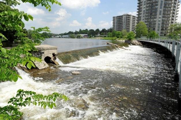 Riverside Park Dam